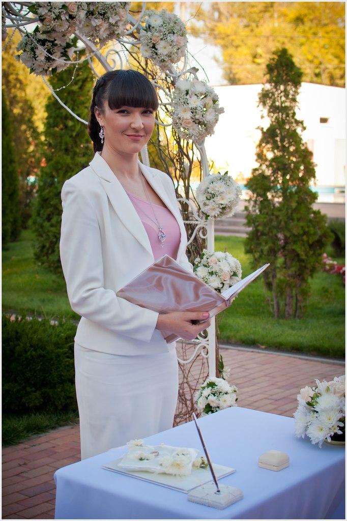 Услуги регистратора на свадьбу