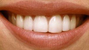 Стоматологическая клиника в цетре Киева. Стоматолог-ортопед, стоматолог-терапевт, врач-рентгенолог.