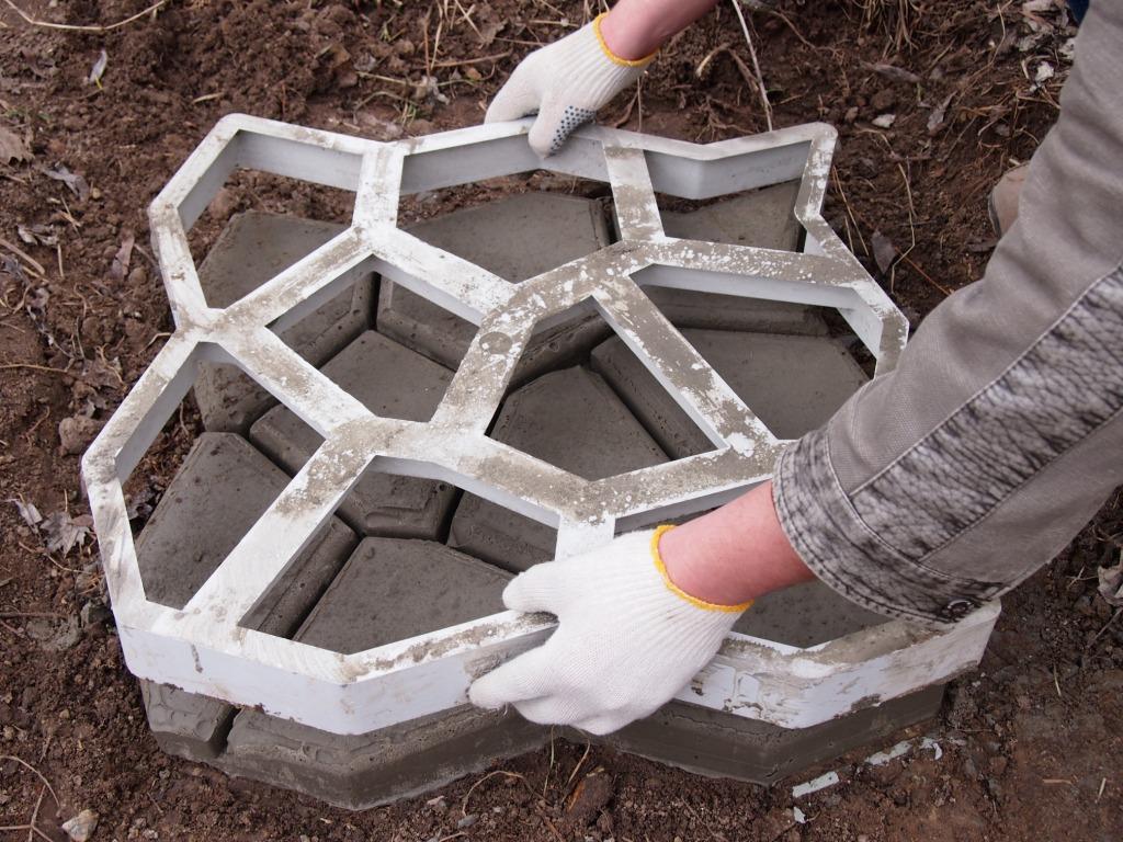 Форма для изготовления плитПоделка для малыКак сделать