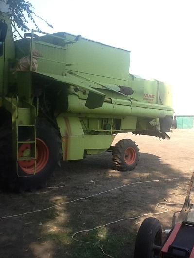Зерноуборочные комбайны б/у
