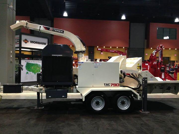 Предлагаем прицепные рубильные машины Terex (США)