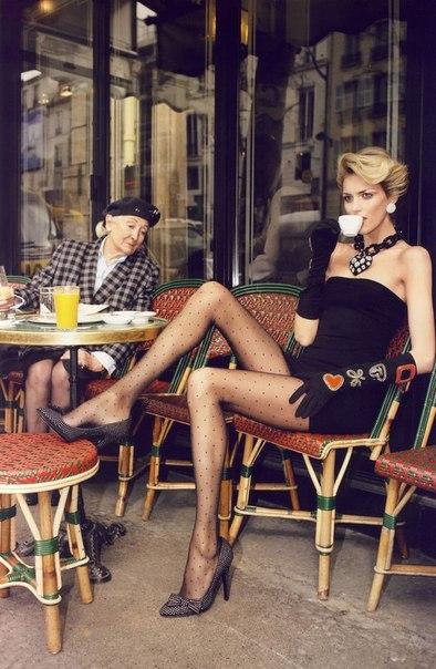 девки в кафе-юх3