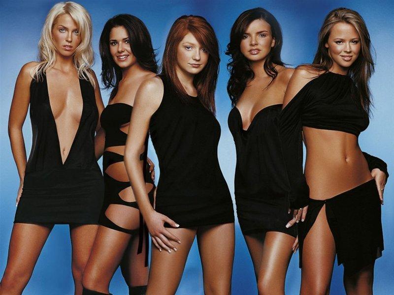 Двадцать пять голых девушек выйдет!