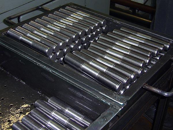Шпилька для фланцевых соединений ГОСТ 9066-75, шпилька фланцевая 9066.