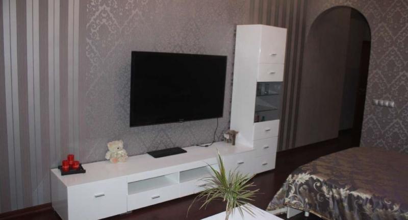 Продам 3-комнатную квартиру в Мариуполе