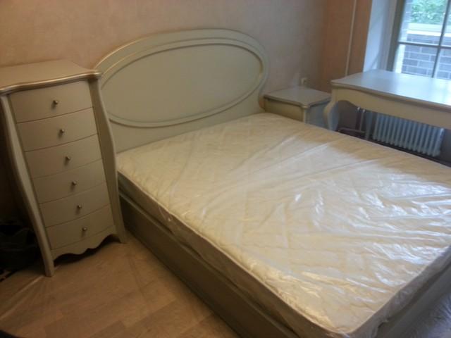 Дизайнерский спальный гарнитур, Италия.