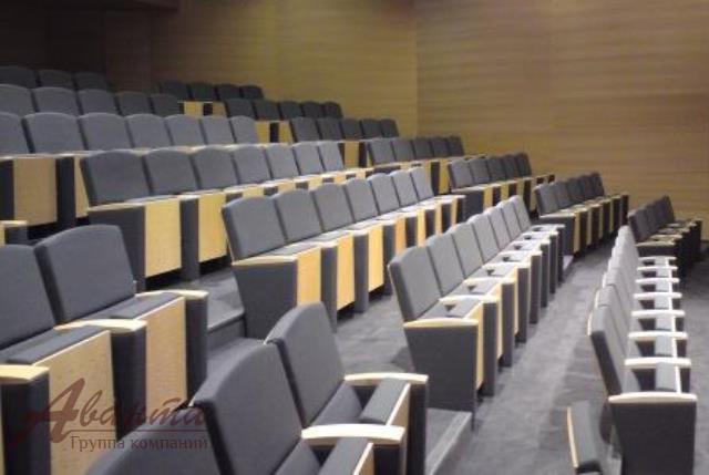 Продам кресла в конференц-залы кресла