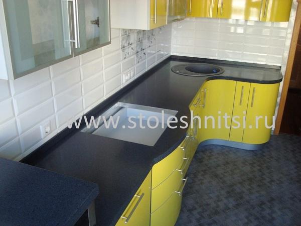 Столешницы для кухни из акрила от частных производителей.