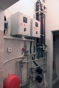 Индукционный отопительный электрический котел