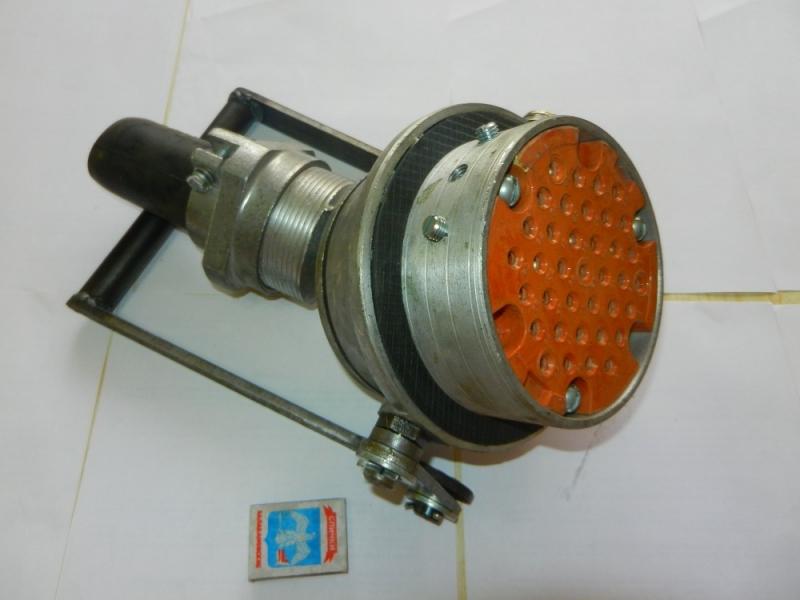 вилка ВУ-21М-У1 для электровоза 510.573.021