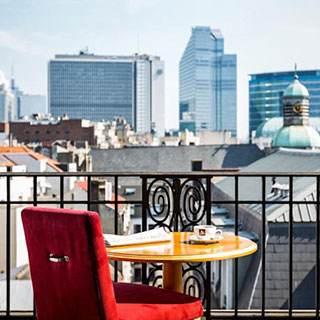 Элитное агентство - Приглашает амбициозных дам в Бельгию