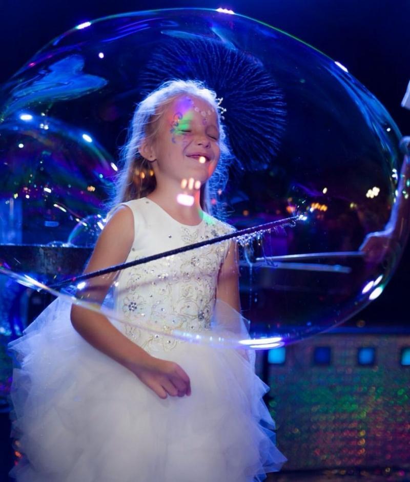 Шоу мыльных пузырей  настоящее волшебство