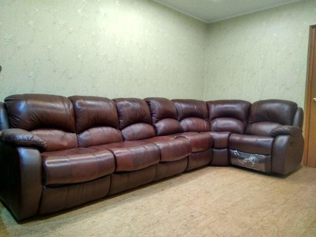 Продам угловой кожаный диван
