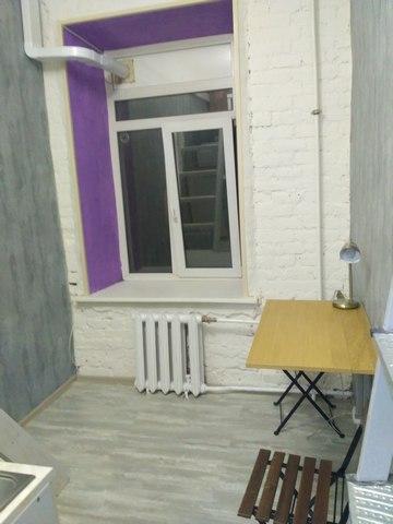 Из комнаты в студию. Студия в центре Петербурга.