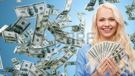 Деньги в долг в день обращения.