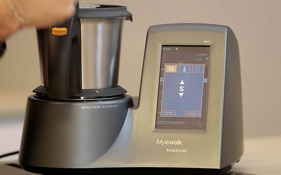 Mycook Touch, первый кухонный робот со встроенным Wi-Fi