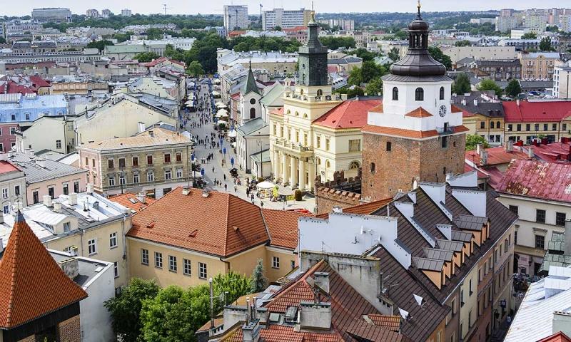 Продатся офисное здание с высокой рентабельностью в Польше.