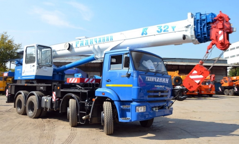 продам везедходный автокаран Камаз галичанин 32 тонны 2014 г.в