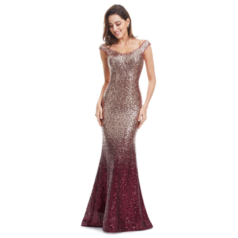 Решили купить модное платье