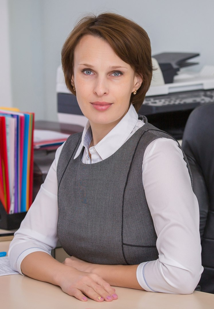 Работник кредитного отдела банка поможет с кредитом в пределах 3 000 000 рублей.