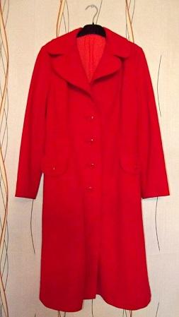 Пальто женское легкое,