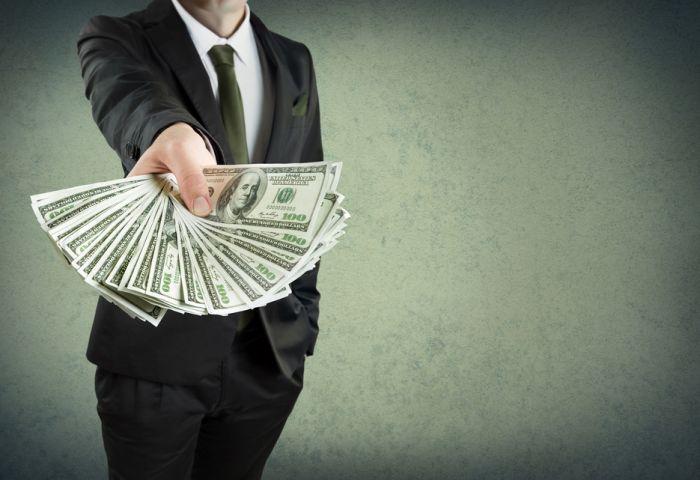 Срочное получение кредита через сотрудников банка в любых ситуациях.
