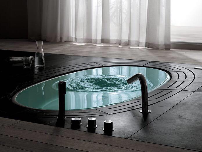 Ванна-бассейн Teuco новая Италия