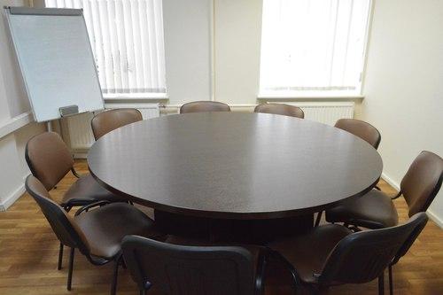 Переговорная комната на Невском,151