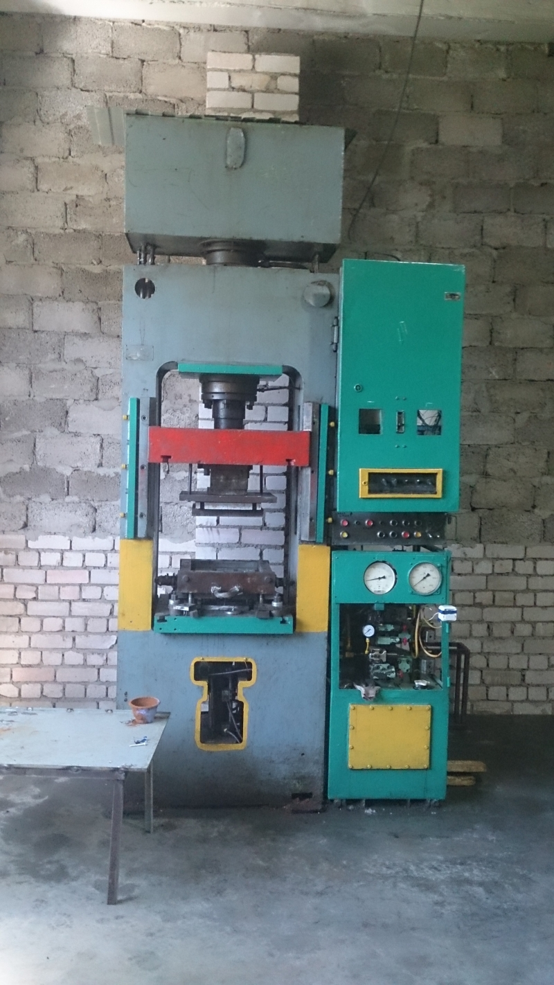 Продам оборудование для полимерпесчанной плитки