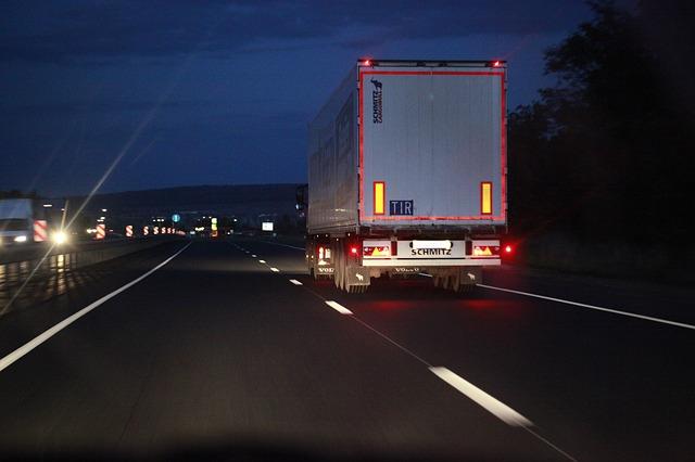 Автоперевозки грузов по всей России, любой тоннаж