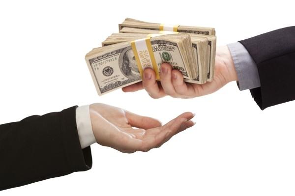 Помогу справится с финансовыми трудностями путем оформления кредита.