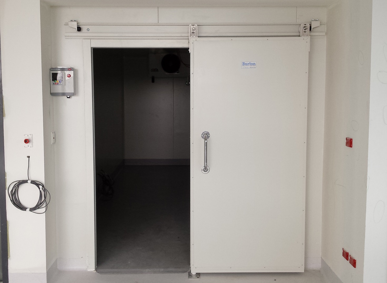 Морозильные камеры под ключ