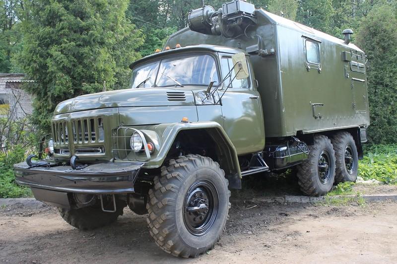 Грузовой ЗИЛ-131. Фургон