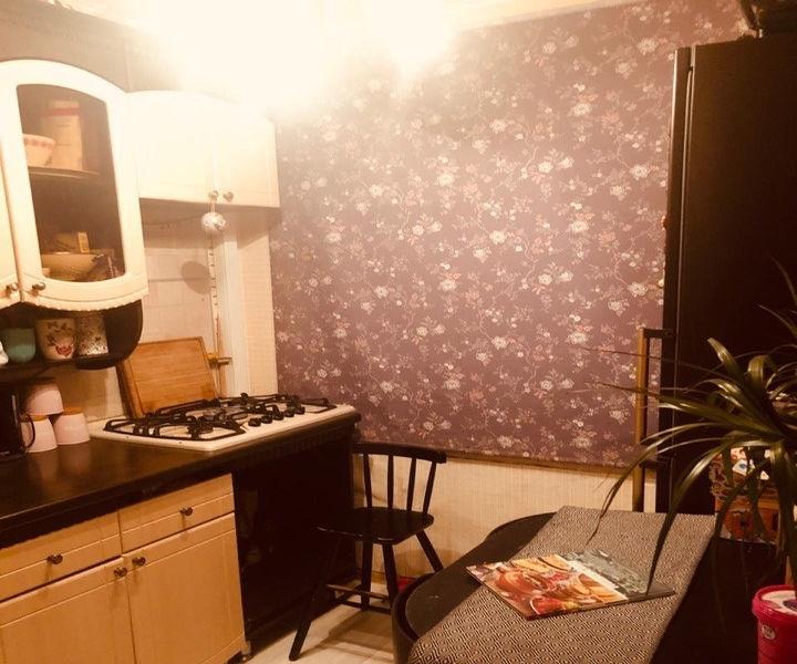 Продается 2-комнатная квартира.