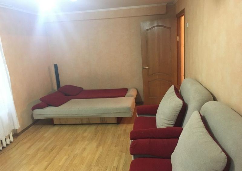 Сдается очень уютная и светлая 1-к квартира.