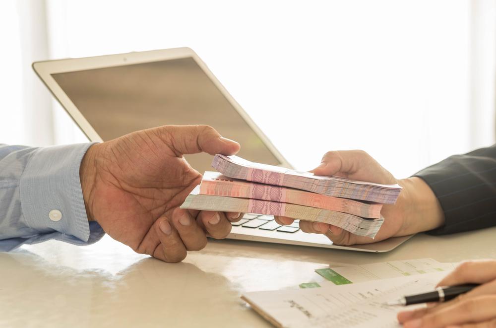 Срочный кредит через сотрудников банка Реальная помощь без предоплат