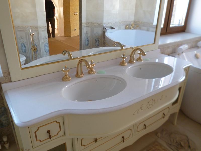 Столешницы из искусственного камня для ванной , подоконники ,барные стойки