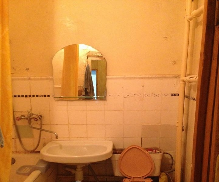 Продается 1-комнатная квартира в развитом благоустроенном районе.