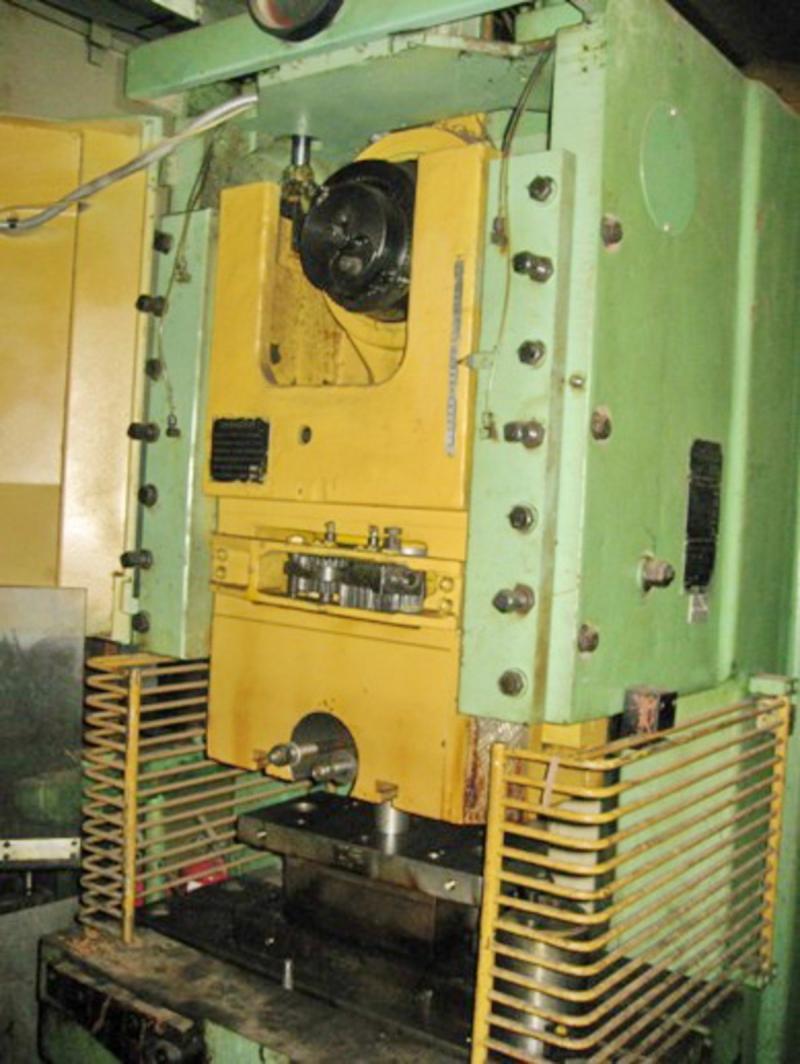 Пресс кривошипный КД2126 Пресс кривошипный КБ3537 ус.500тс Пресс обрезной КА9540
