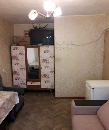 Сдатся  комната  в двухкомнатной квартире 17 кв м.