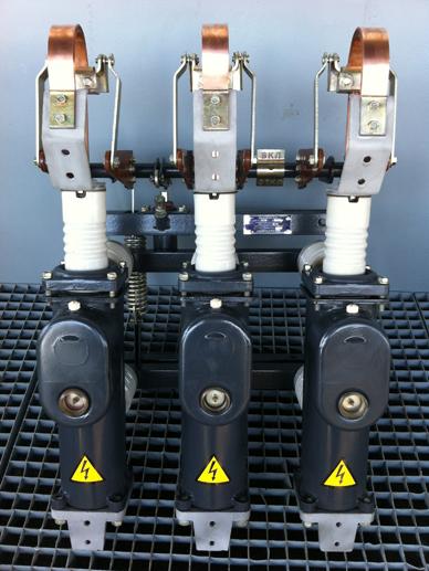 Продам высоковольтные масляные выключатели ВПМ-10-20630 из наличия