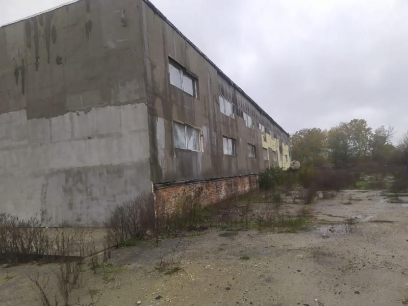 Продажа нежилого помещения и Земельного участка