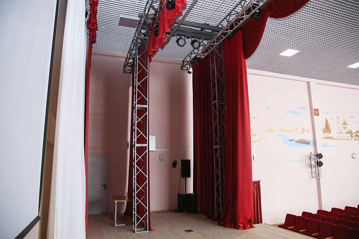 Металлоконструкции и механизмы для сцены театров
